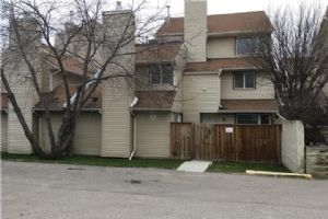 #119 36 GLAMIS GR SW, Calgary
