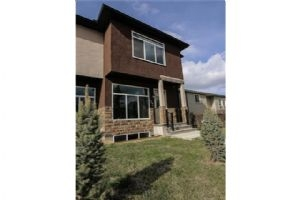 56 Castlebrook RD NE, Calgary
