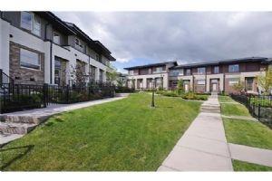 59 Aspen Hills CM SW, Calgary