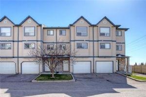 252 ANDERSON GV SW, Calgary