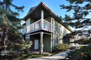 37 30 OAK VISTA Drive, St. Albert