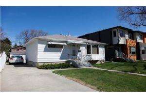 416 32 AV NW, Calgary