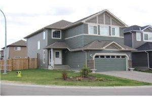 195 EVERHOLLOW ST SW, Calgary