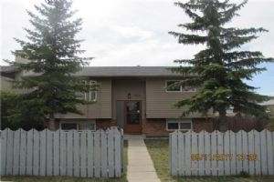 1083 FALWORTH RD NE, Calgary