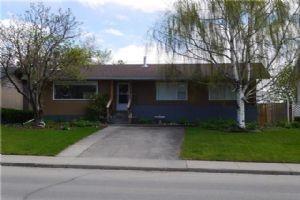 4528 45 ST SW, Calgary