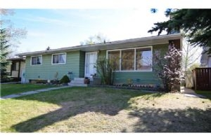 352 WHITELAND DR NE, Calgary