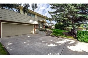 252 CANTRELL DR SW, Calgary