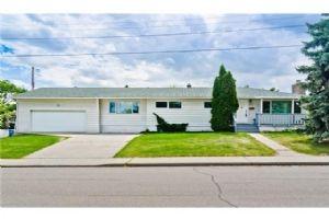 627 61 AV SW, Calgary