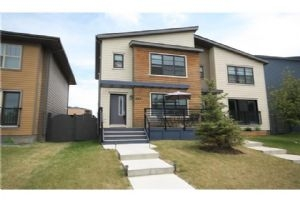 497 WALDEN DR SE, Calgary