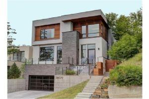 3809 8A ST SW, Calgary