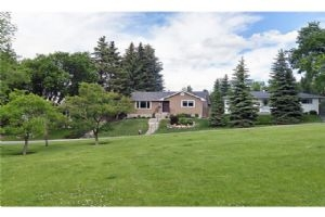 2736 CANNON RD NW, Calgary