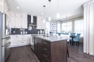 6450 Elston Loop, Edmonton