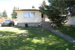 3304 28 AV SW, Calgary