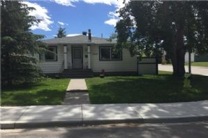 1839 18 AV NW, Calgary