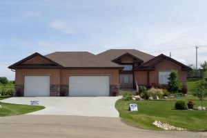 64 26107 Twp Rd 532A, Rural Parkland County