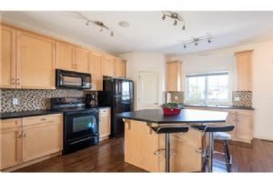 345 Rainbow Falls DR, Chestermere