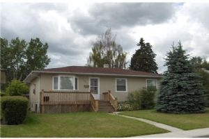 2427 34 ST SW, Calgary