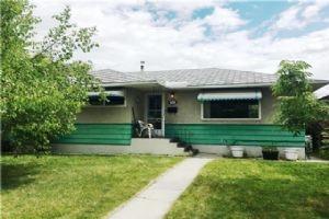 52 KENTISH DR SW, Calgary