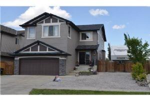 235 NEW BRIGHTON DR SE, Calgary