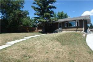 4504 GROVE HILL RD SW, Calgary