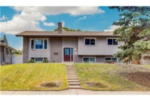 1415 LAKE MICHIGAN CR SE, Calgary