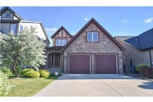 307 VALLEY WOODS PL NW, Calgary