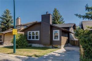195 TEMPLEVALE RD NE, Calgary