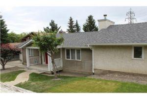 5329 22 AV NW, Calgary