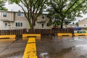 10E CLAREVIEW Village, Edmonton