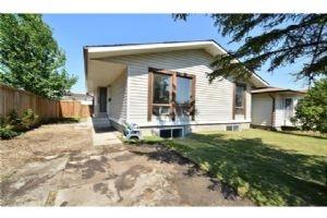 5708 Temple DR NE, Calgary