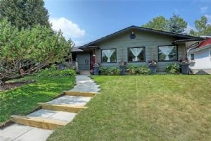 10911 MAPLECREEK DR SE, Calgary