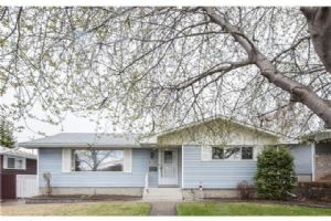 4839 Vienna dr DR NW, Calgary