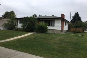 7713 85 Avenue, Edmonton