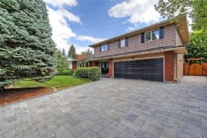 2923 LINDSTROM DR SW, Calgary