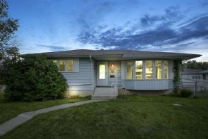 3487 87 Street, Edmonton