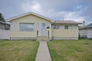 8816 159A Street, Edmonton
