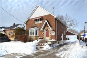 SOLD • 252 Queen St W