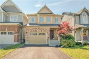107 Honeyman Dr, Clarington