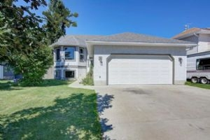 72 GREEN MEADOW DR , Strathmore