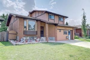 1813 MEADOWBROOK DR SE, Airdrie