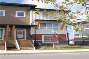 121 WALGROVE CV SE, Calgary